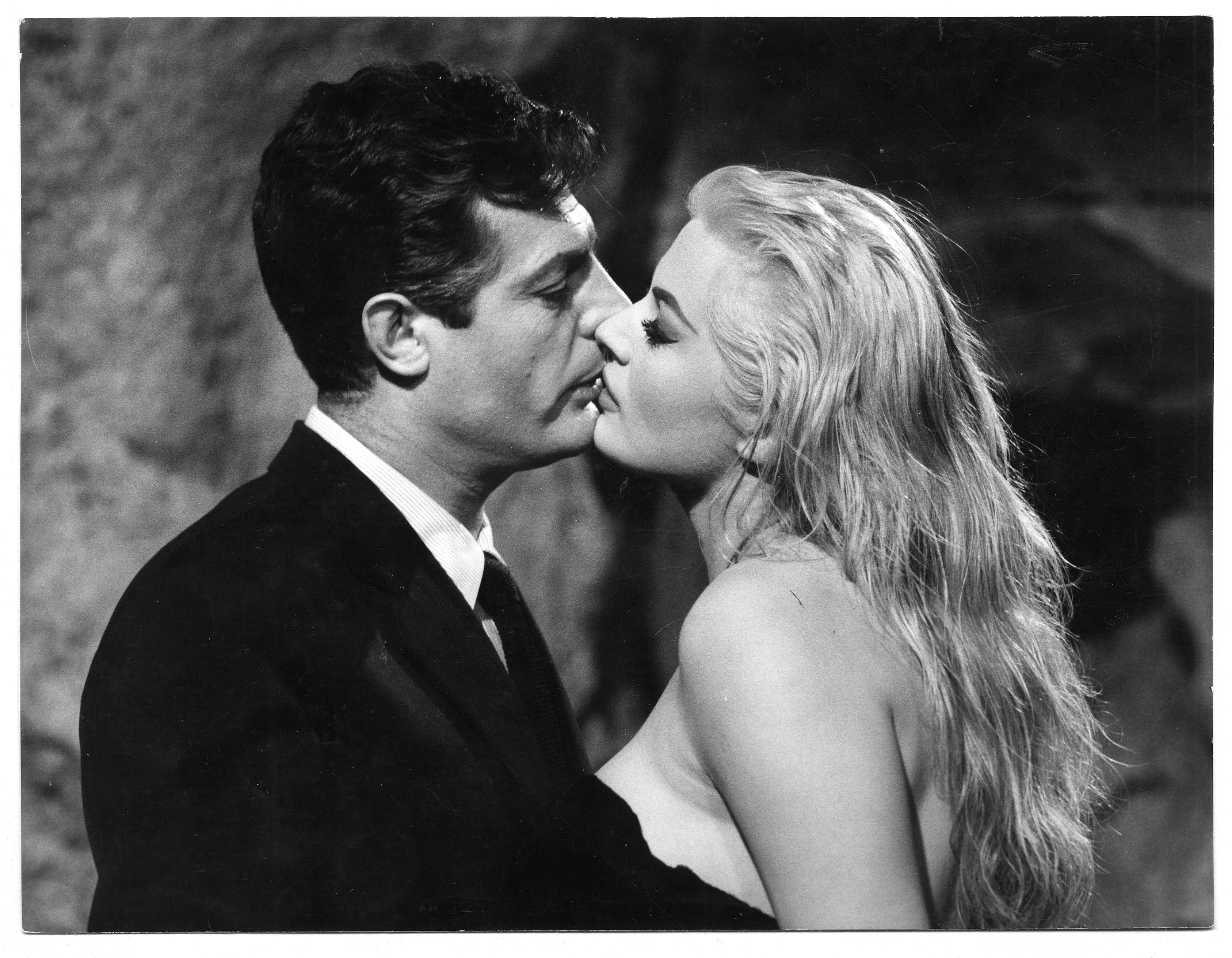 """La Dolce Vita"" by Federico Fellini [1960] [2908x2261] ..."
