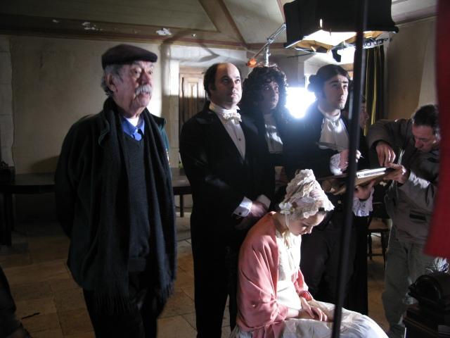 Raùl Ruiz sur le tournage de Mystères de Lisbonne.
