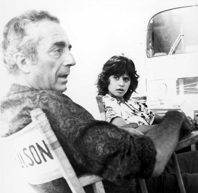 Michelangelo Antonioni et Maria Schneider sur le tournage de Profession : reporter (1974)